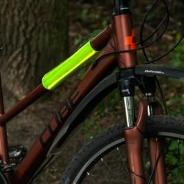 Светоотражающий рукав на велосипед